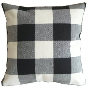 Buffalo Plaid Pillow Cover Image
