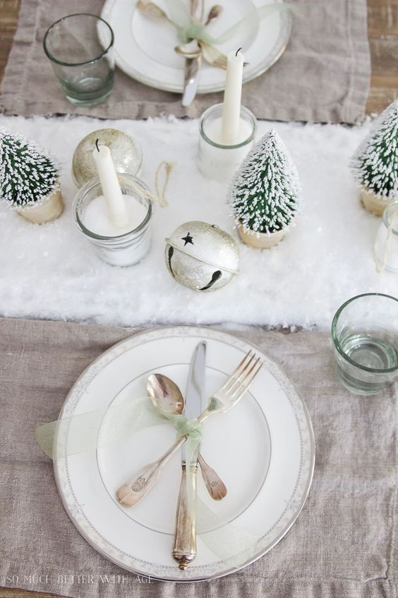 Beautiful and Inspiring Holiday Table Setting Ideas & 25 Beautiful and Inspiring Holiday Table Setting Ideas - jane at home