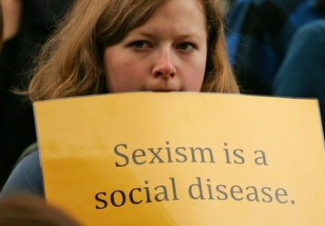 Divorce: Is Support Sexist ? Evaluating the Economics of Schnabel