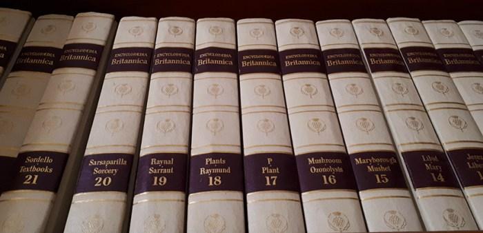 gazeta-de-meryton-setembro-2018 e Encyclopedia Britannica