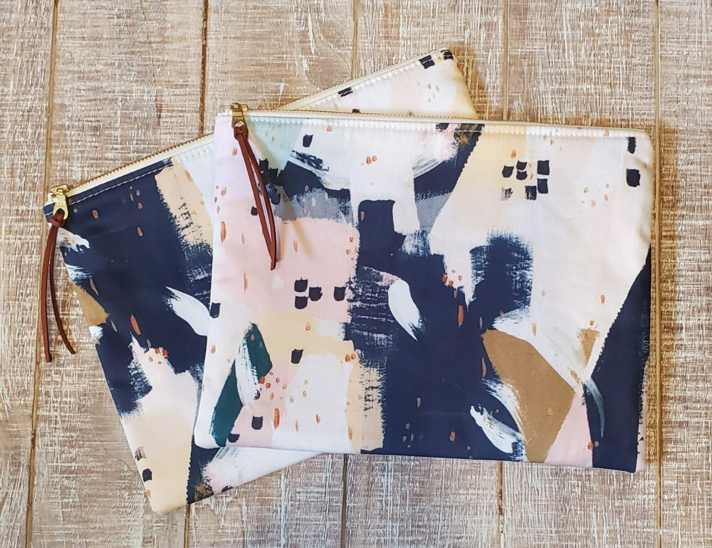 Abstract Print Clutch