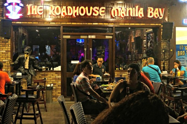 SM-By-The-BAY-the-roadhouse-manila-01