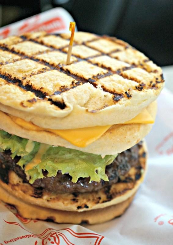 teddys-bigger-burgers-greenebelt-13
