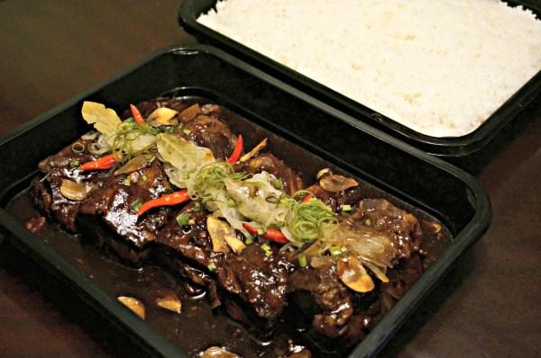 oakwood-premier-manila-platters-to-go-62