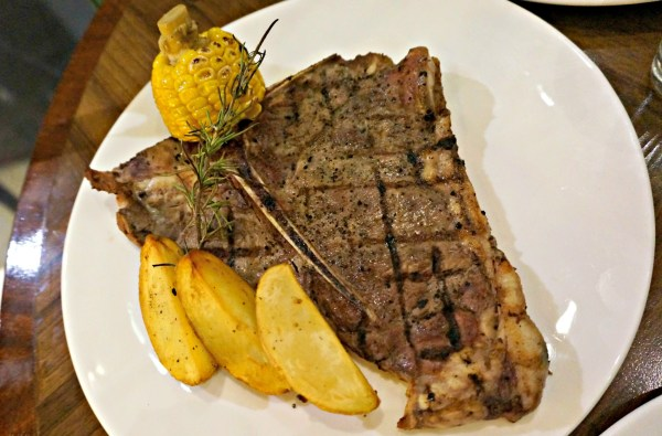 Corniche-Diamond-Hotel-Platter-of-the-Americas-steak-20