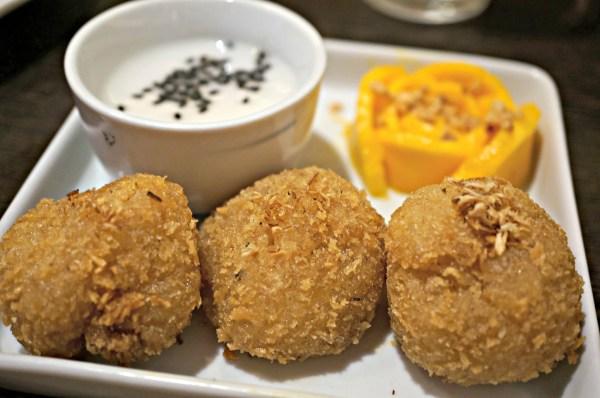 nav-modern-thai-cuisine-92