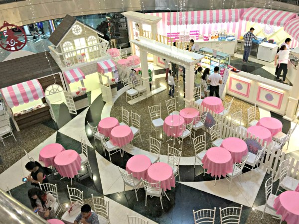 hello-kitty-cafe-duty-free-philippines-05