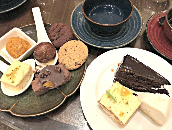 the-cafe-hyatt-city-of-dreams-manila-33