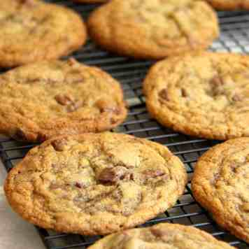 Milk Chocolate & Sea Salt Cookies!