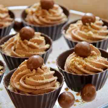 Chocolate Cheesecake Cups