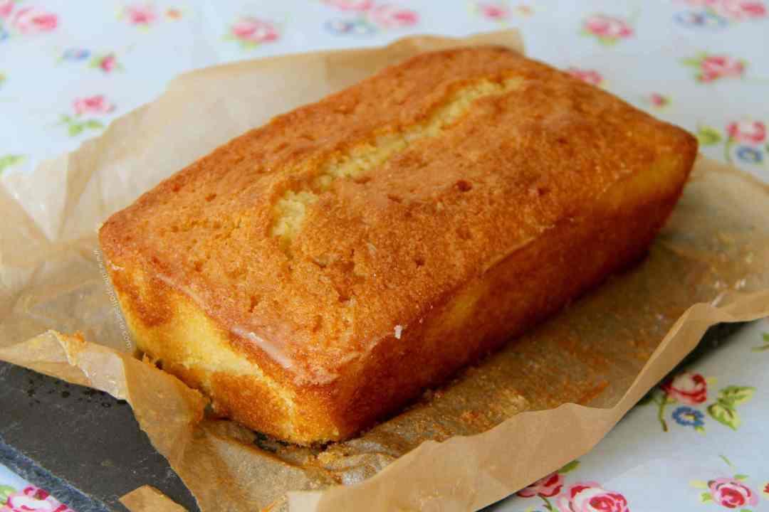 How Do You Make Lemon Drizzle Cake