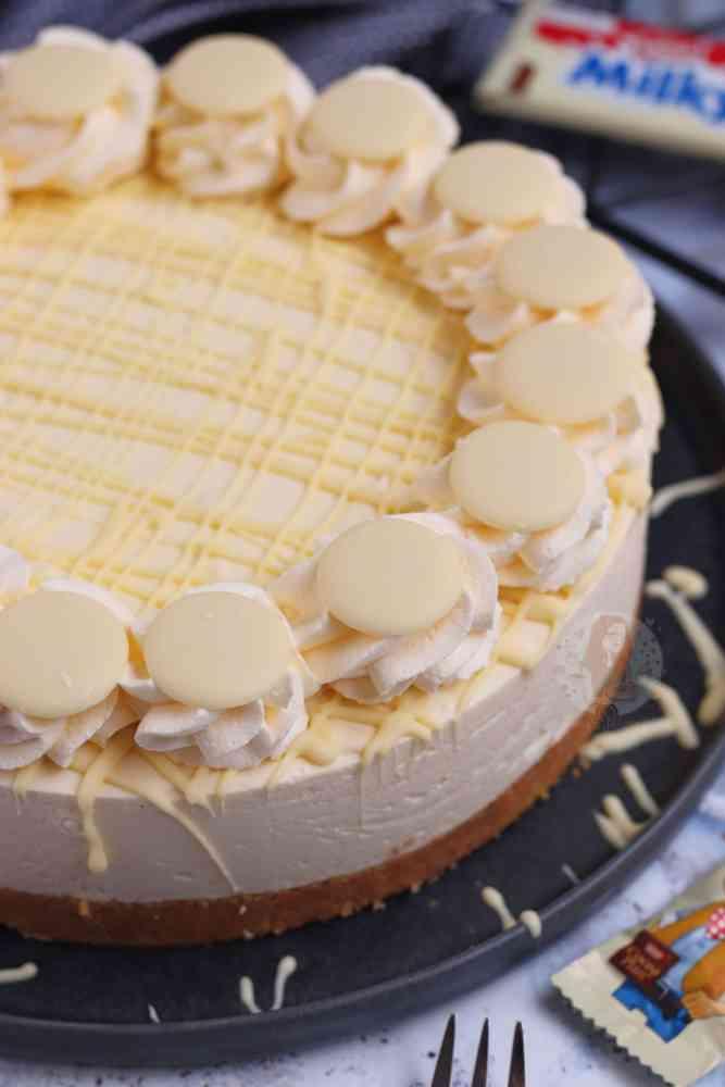 Fantastic Milkybar Cheesecake Janes Patisserie Personalised Birthday Cards Petedlily Jamesorg