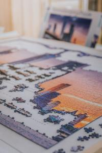 a puzzle with a skyline