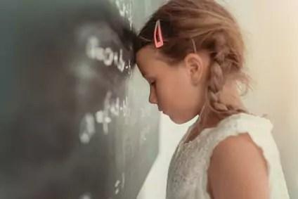 Hyperaktivität: Weniger ADHS-Medikamente für Grundschüler via @psychothherapie