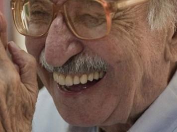 Morre o poeta Manoel de Barros