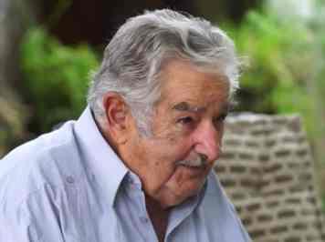 SOBRE A VIDA – Pepe Mujica NO DIVÃ