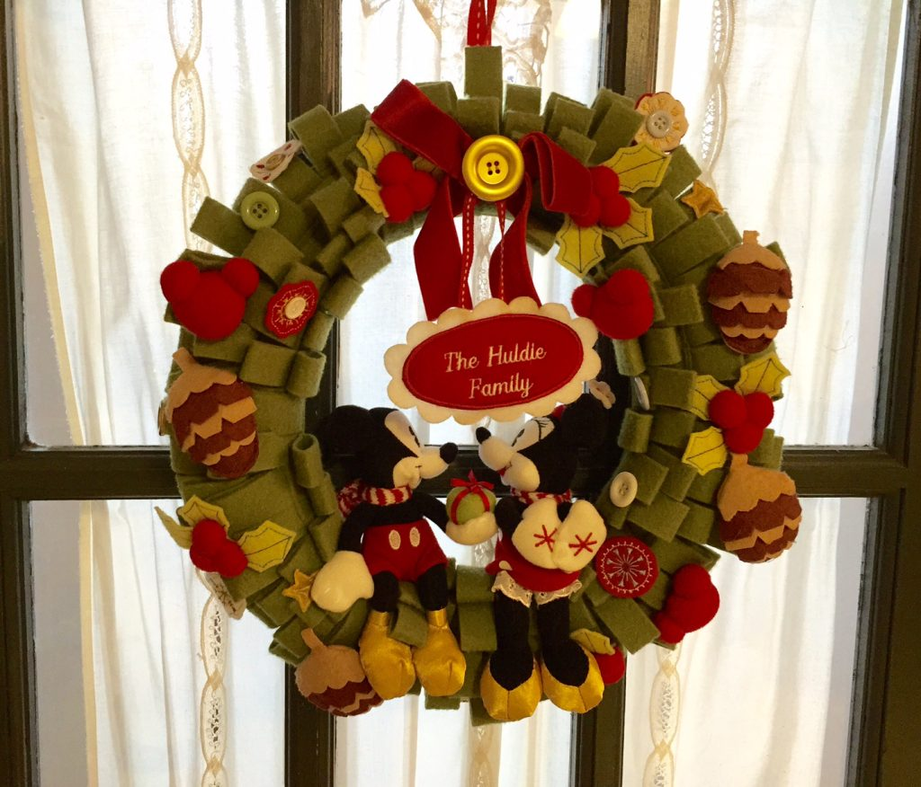 Mickey and Minnie Mouse Wreath