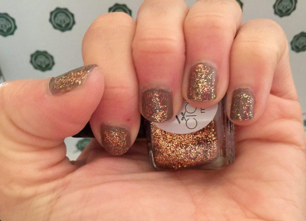 Ciate Mini Paint Pot In All Aglow Nail Selfie