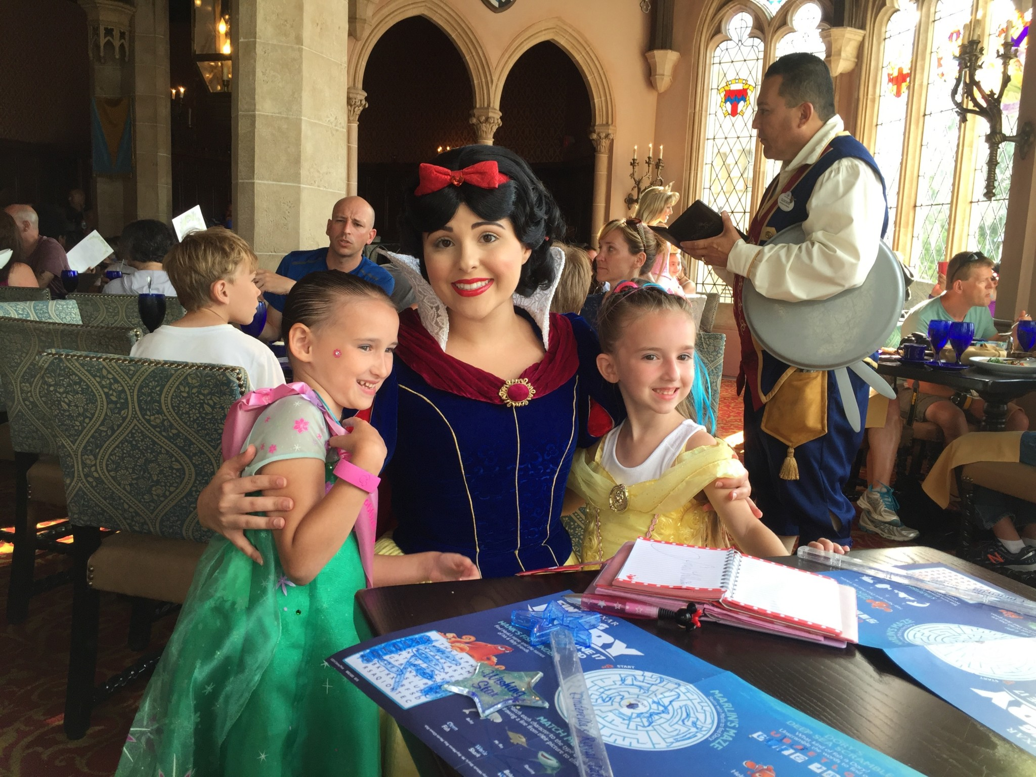 Snow White and the Girls at Magic Kingdom Royal Table