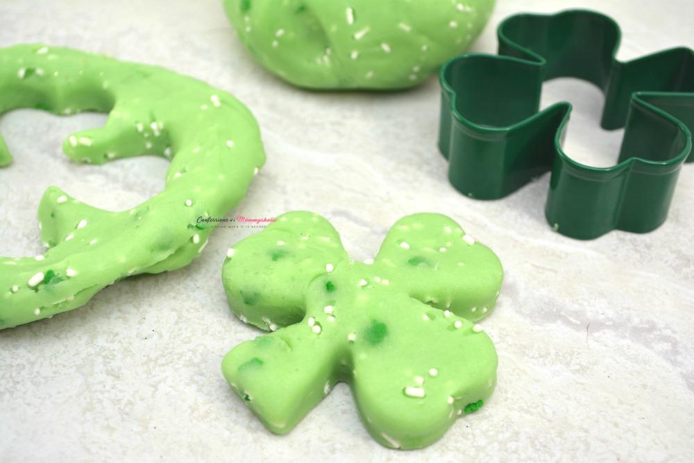 Green Edible Jello Playdough, This Mom's Confessions