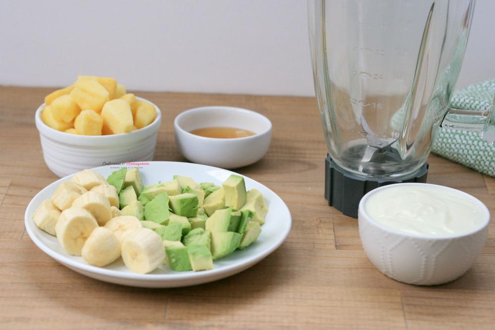 Pineapple Avocado Smoothie Recipe Process 2