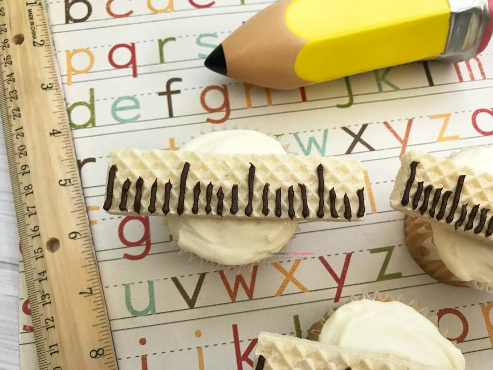 Ruler Cupcakes Horizontal 3