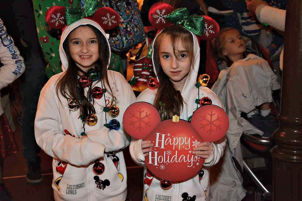 Happy Holidays from Mickey's Very Merry Christmas Party 2018