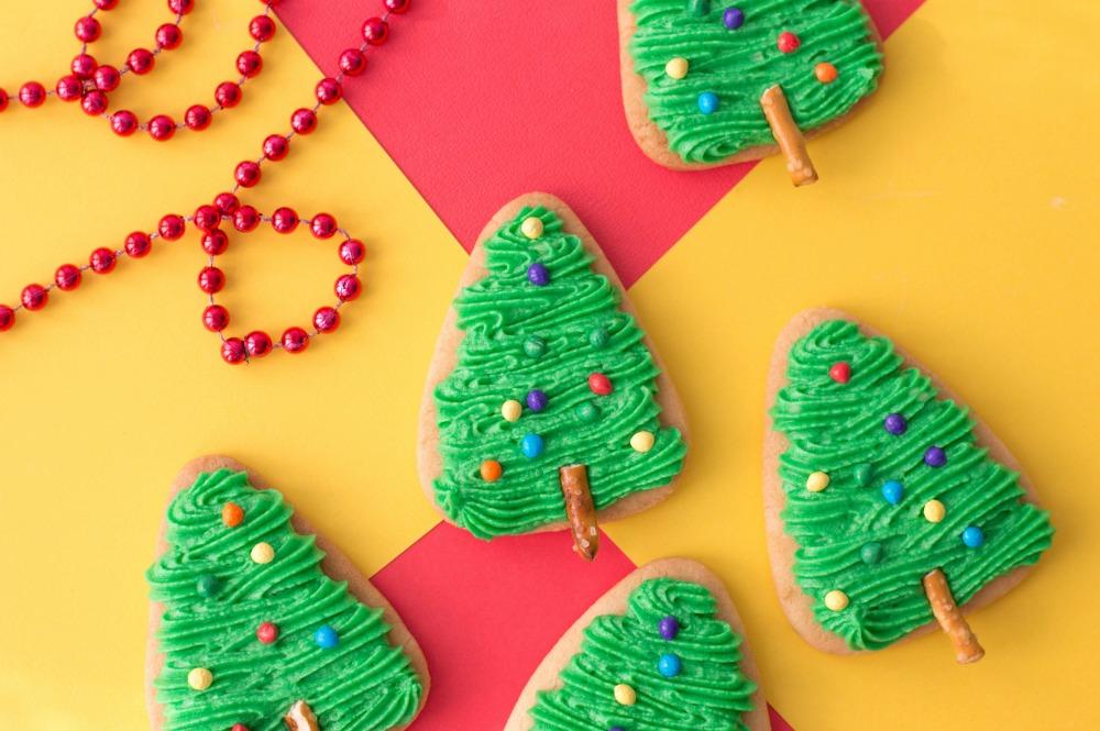 The Easiest Christmas Tree Cookies Horizontal 2