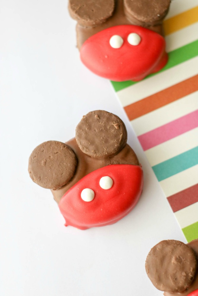 Mickey Mouse OREO, This Mom's Confessions