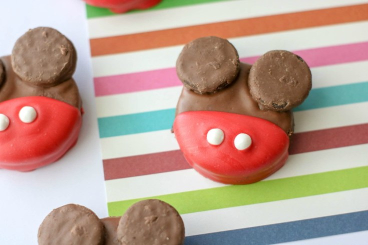 Mickey Mouse OREO Cookies Recipe