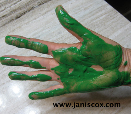 handprint-turtle---paint-on-hand