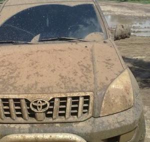 Brudne auto tomniejsze bezpieczeństwo