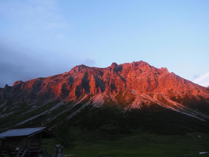 Alpenglühen bij de Oberhütte in het Salzburger Land