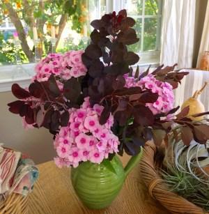 bouquet_peony_smoke-bush