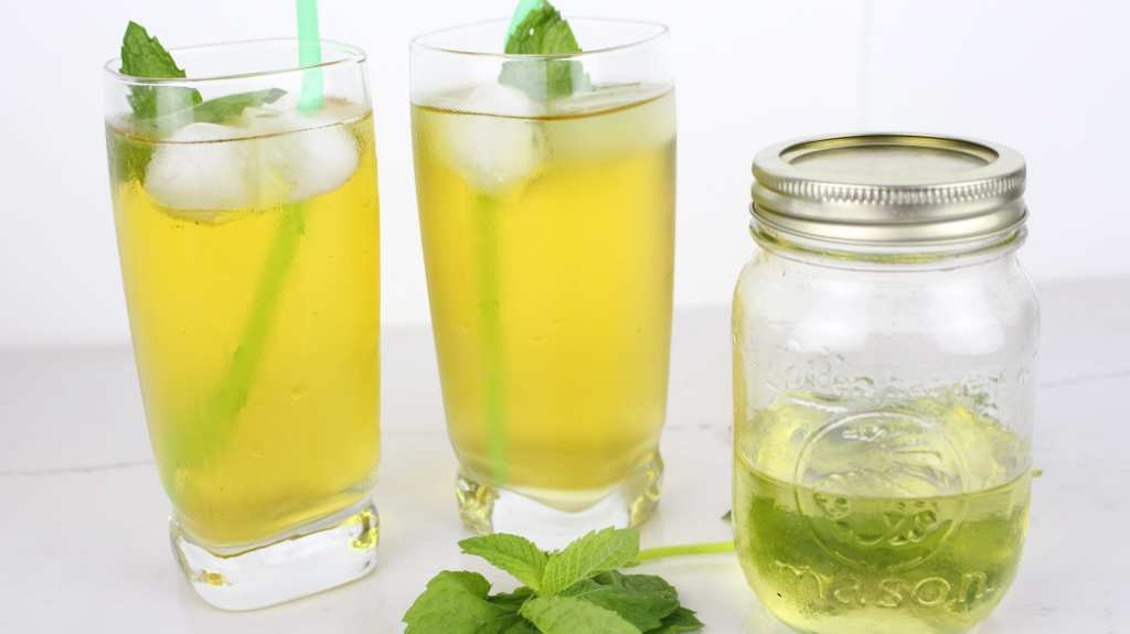 A super easy, 3 ingredient peppermint simple syrup recipe that is great for homemade iced teas and cocktails.