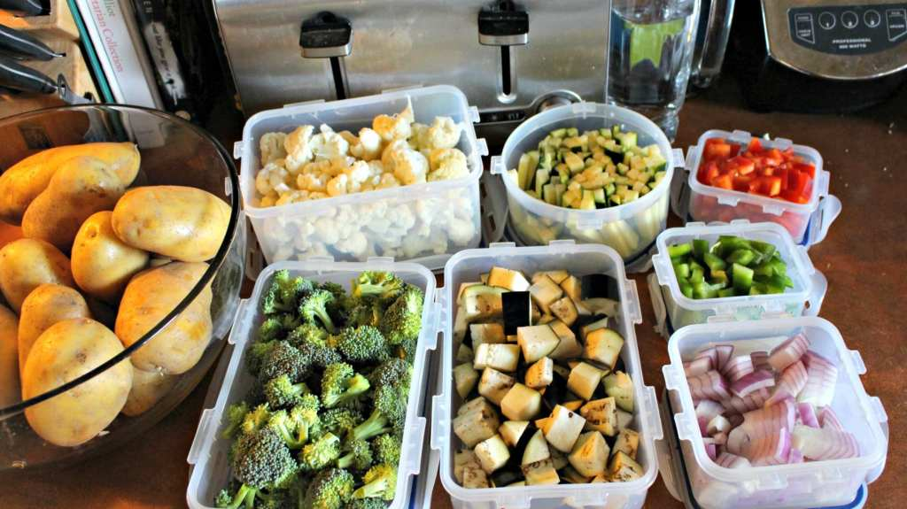 Learn how to meal plan and food prep so you can stay on track with healthy eating all week long.