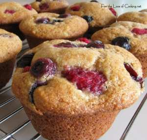5 healthy muffin recipes that are great for snacks or breakfasts.