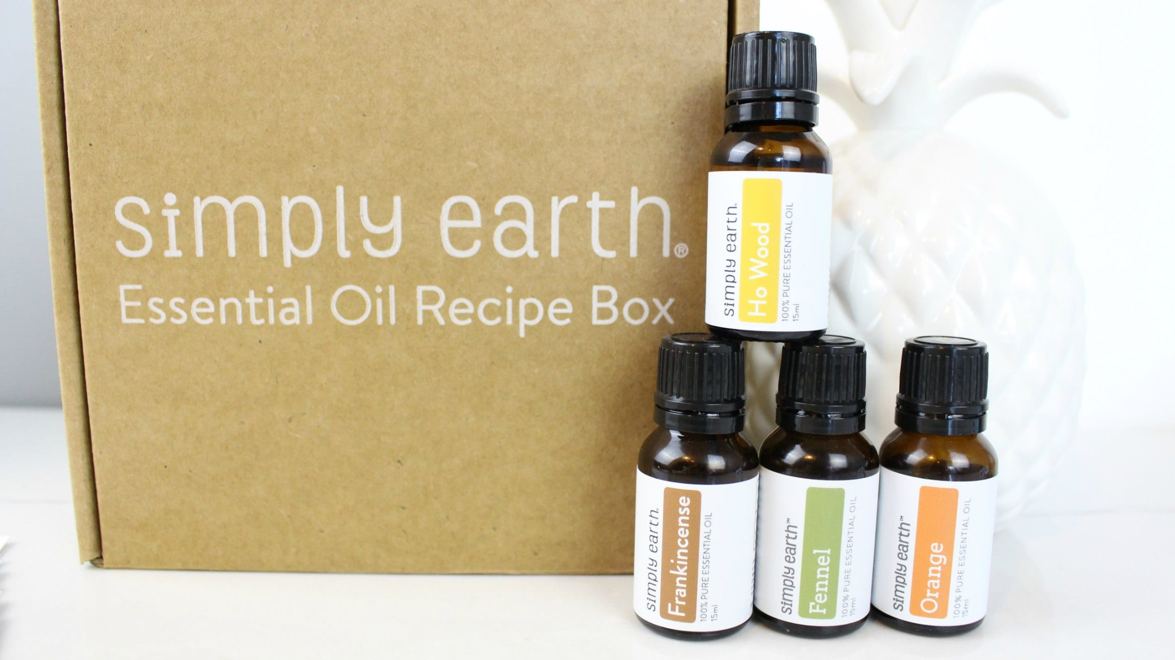 The Simply Earth Essential Oil Recipe Subscription box includes 4 essential oils and 6 recipe cards based on a monthly theme.