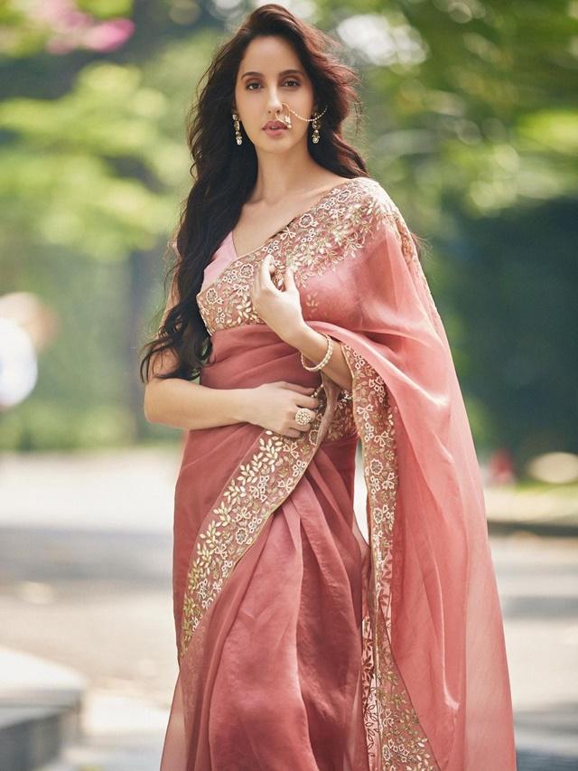 Nora Fatehi's Best Saree Style
