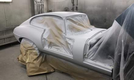 Jaguar E-type in de epoxy