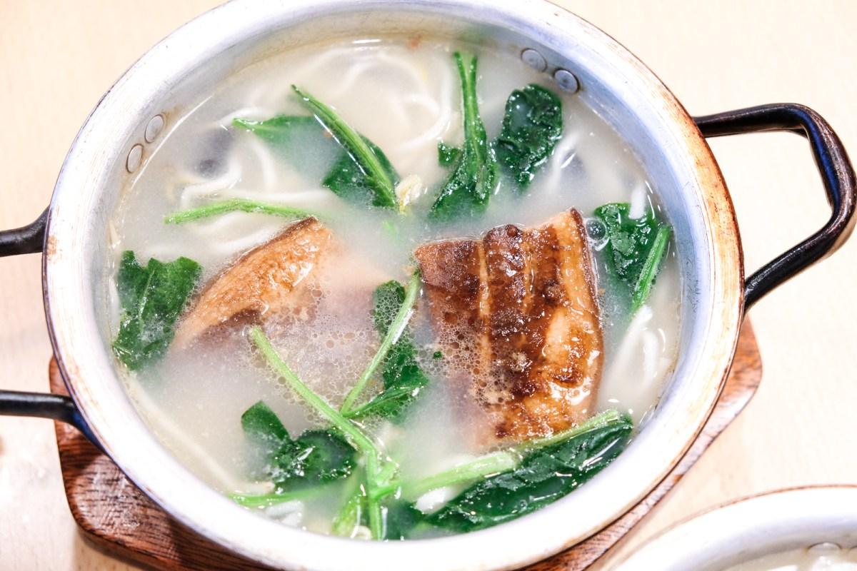 Qin Ma Grill Restaurant - Roast Pork Noodles - Burnaby, bC