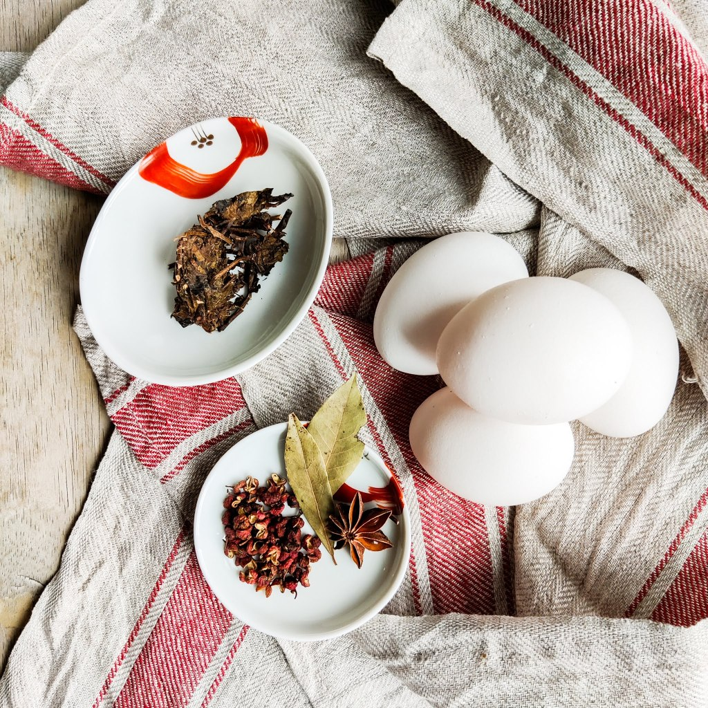 Ingredients for Tea Eggs 茶葉蛋