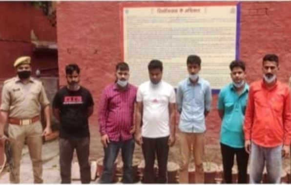 ucknow-ram-manohar-lohia-hospital-doctor-arrested-for-black-marketing-of-black-fungus-and-covid-injection