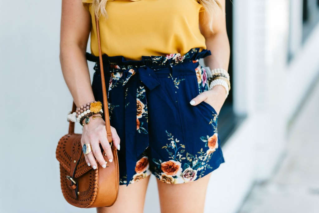 shein navy floral shorts 3