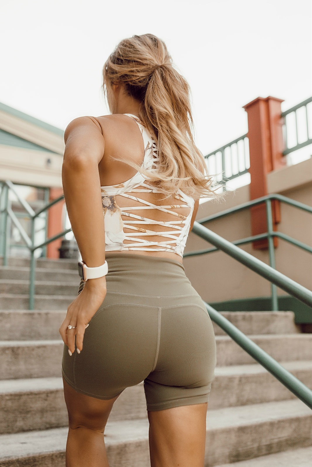 cute workout looks for women