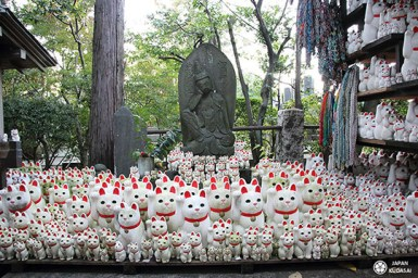 540-setagaya-gotokuji-maneki-neko-temple (10)