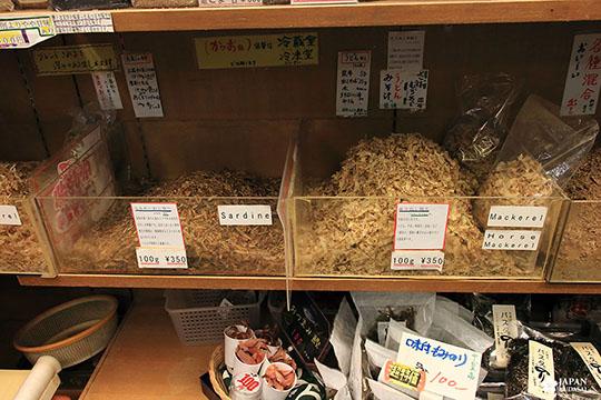 Nishiki market katsuobushi (8)