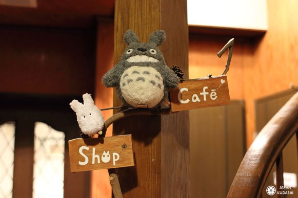 cafe-totoro-puffs cream (2)