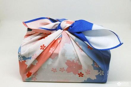 paquet cadeau furoshiki