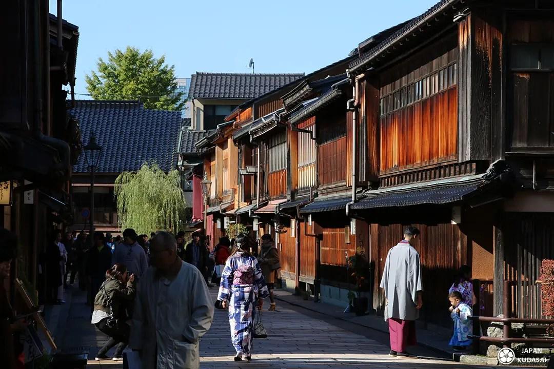 Balade touristique avec geisha higashi chaya a kanazawa